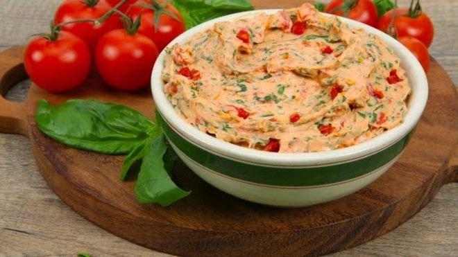 Катък с печени чушки Най-лесната и бързо приготвяща се салата